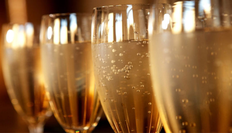 Book Now: Valentines Concorde Champagne Dinner