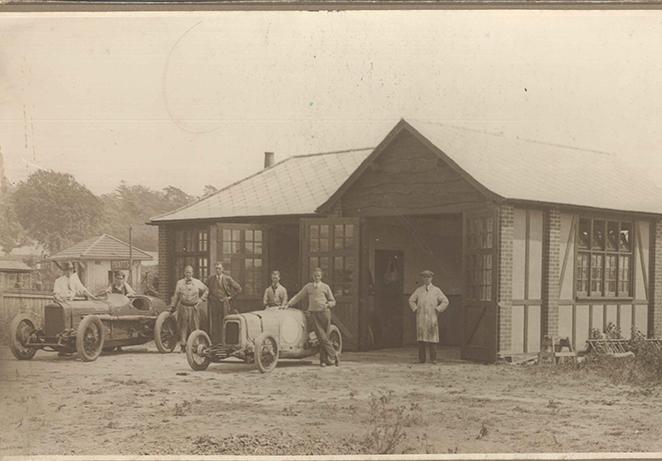 Dunlop Macs tyre depot opening archive.jpg