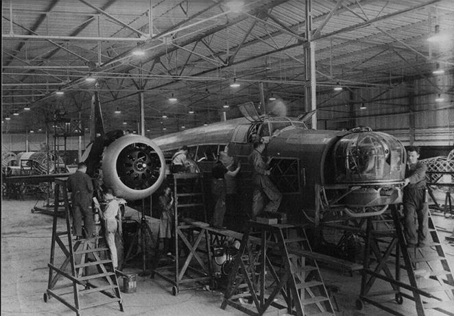 Wellington Bomber construction Brooklands archive.jpg