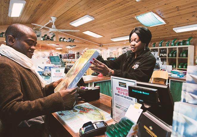 shop paying at till.jpg