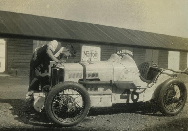 Racing lock-ups archive Motoring Village.jpg