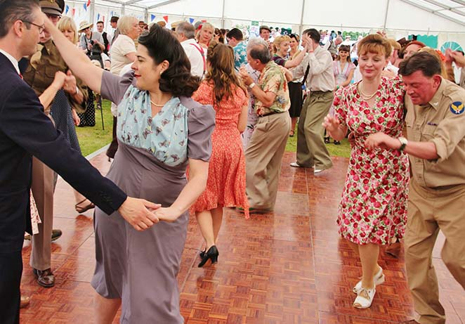 1940s relived dancing 5.jpg