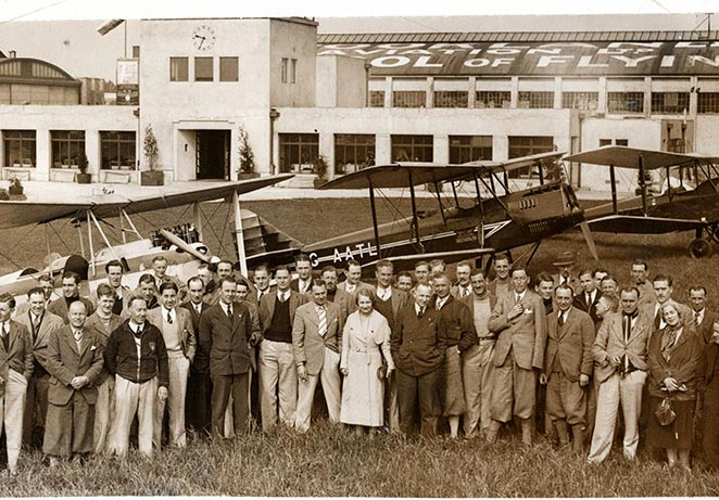 Dawn Patrol Brooklands Aero club members 1933.jpg