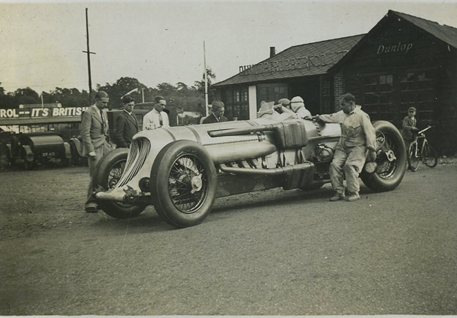 Napier Railton outside Dunlop Macs.jpg
