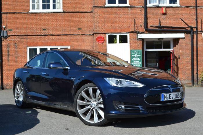 Tesla Model S 2014.JPG