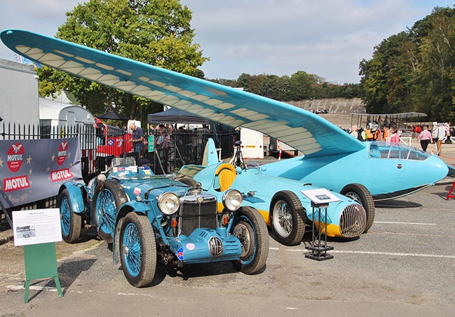 Aviation Day 2017 news bira glider and cars.jpg