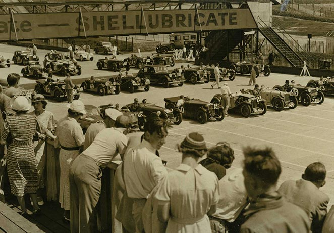 JCC Meet 1937 at Start motoring History.jpg