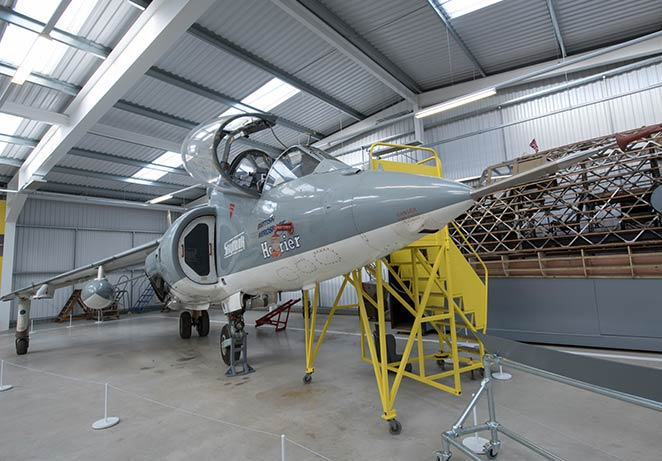 Hawker-Harrier.jpg