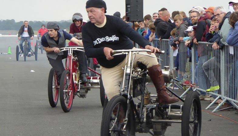 De Dion tricycles Team Jarrot Visit.jpg