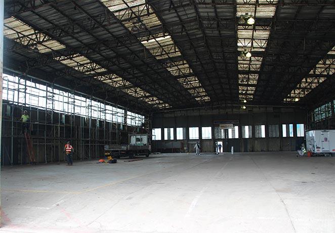 Wellington Hangar empty pre Re-Engineering Brooklands.jpg