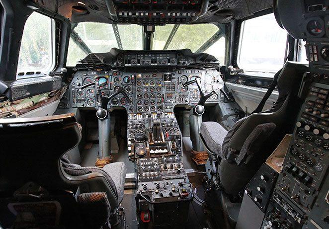 Concorde-Cockpit-video-call.jpg