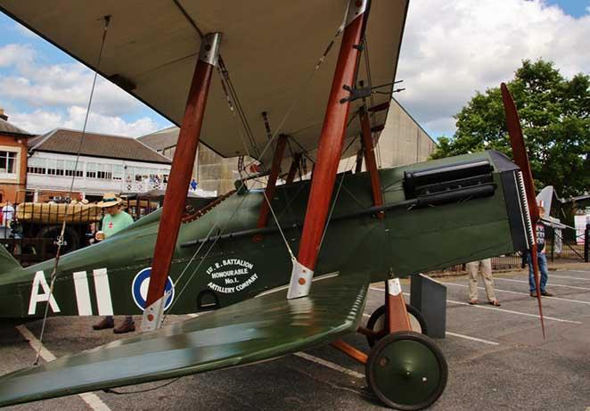 Royal Aircraft Factory SE5a (replica)