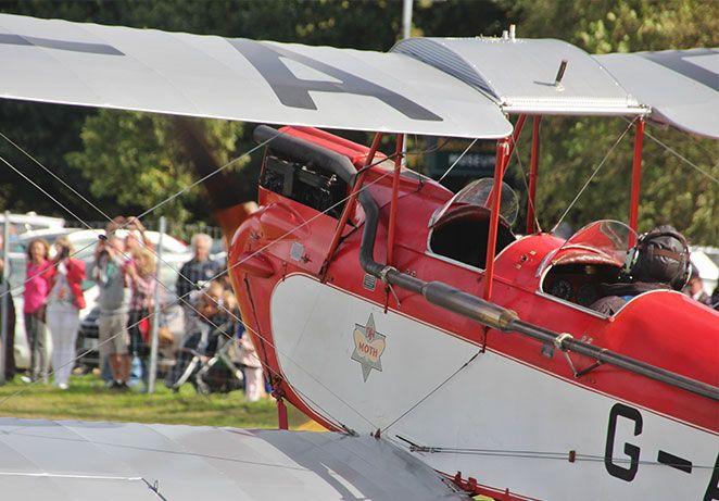 aviation-day-gipsy-moth.jpg
