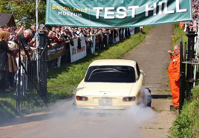 Auto italia Test hill crowds.jpg