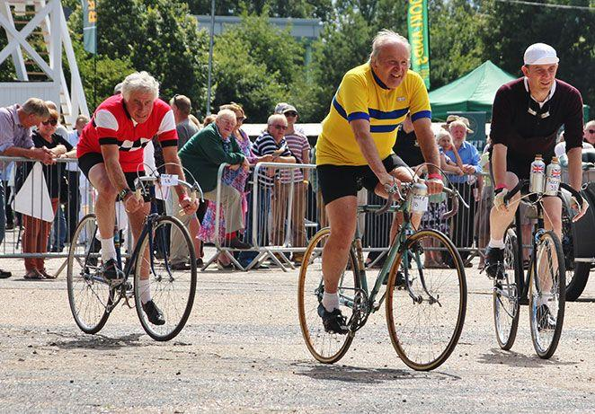 brooklands-relived-cycling.jpg